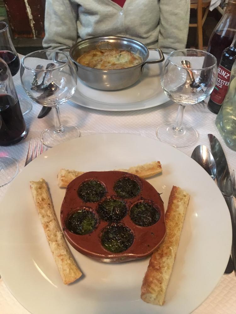 美味しかったエスカルゴとオニオングラタンスープ