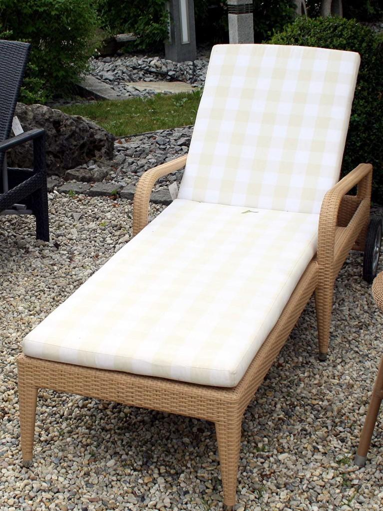 liege cleopatra natur mit rollen kreuth1 simon senger online shop herzlich willkommen. Black Bedroom Furniture Sets. Home Design Ideas