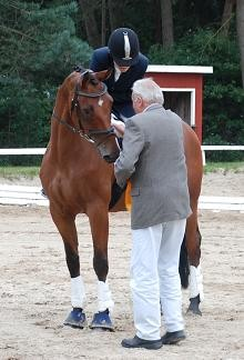 Lars nach seinem Sieg in Schwanewede 2013 ( 2014 hatte er komplett Weideurlaub mit Caspar ...)