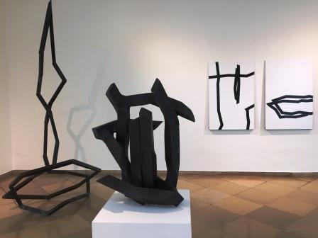 ROBERT SCHAD, Skulpturen Vierkantstahl 45mm massiv, 2019-2020 / Zeichnungen Lack auf Blech, 2019-2020