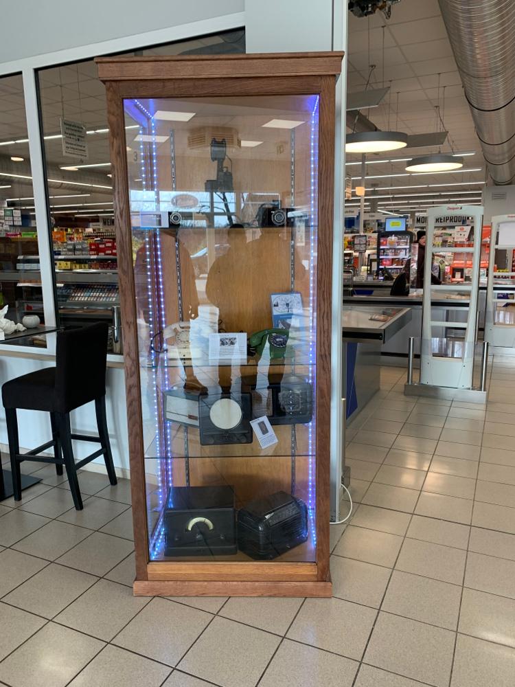 Ausstellung Technik im K&K Markt hergestellt