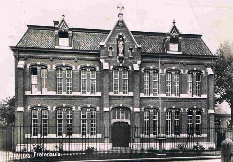 Foto van het Fraterhuis, circa 1925 (bron: deurnewiki.nl)