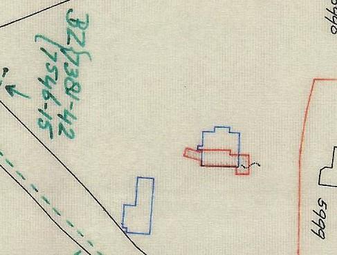 Kadastrale hulpkaart uit 1983 waarop het oude landhuis en de oranjerie (blauw) en de nieuwbouw (rood) is aangegeven.