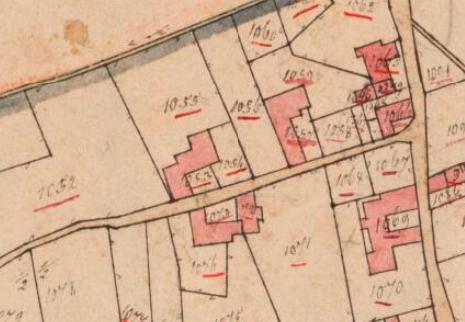 Kadastrale minuutkaart van 1811-1832 (complex linksboven). Op deze kaart ontbreekt de bakstenen schuur aan de zuidoostzijde en de verlenging van het woonhuis nog