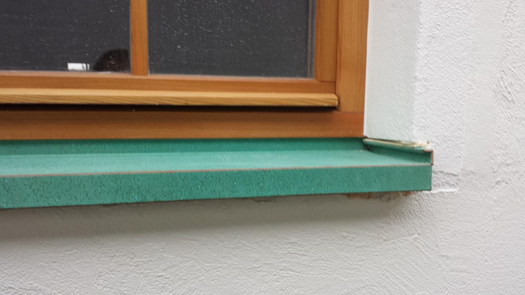 Patinierte Fensterbänke
