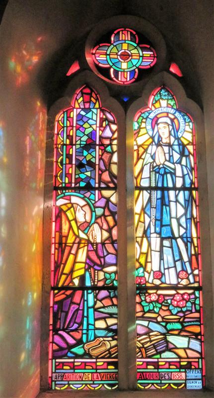 Apparition de La Vierge à Lourdes