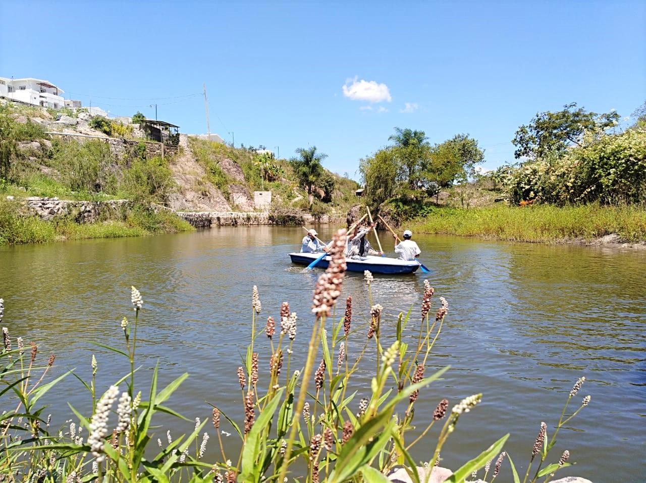 En la laguna es posible utilizar botes