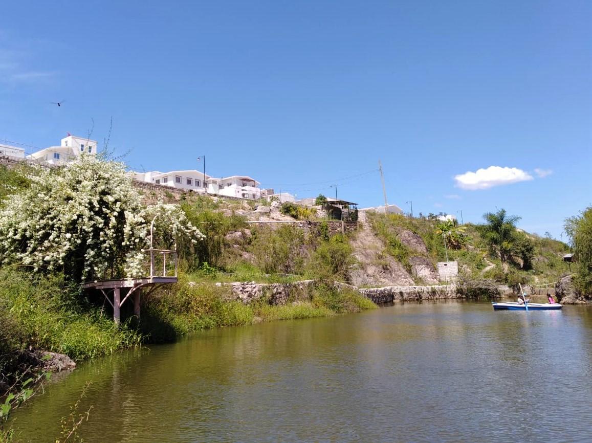 Laguna propia