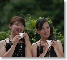 Nao(左) Aya(右)
