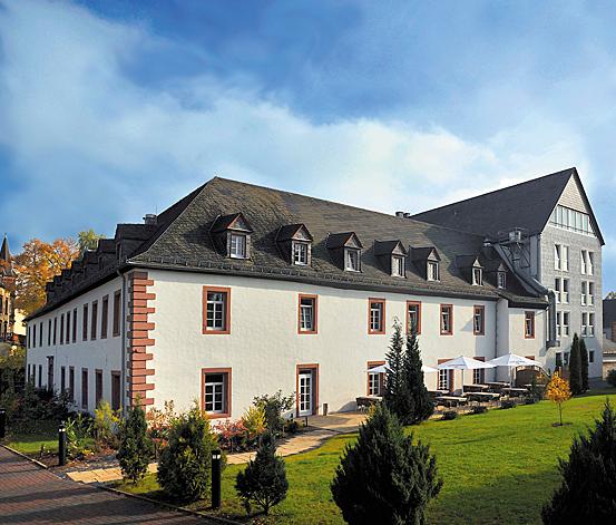 Das Hotel Augustiner Kloster bietet mit seinen 57 behaglichen 4-Sterne-Zimmern, in den Kategorien Standard, Superior und Premium, ein perfektes Zuhause auf Zeit.