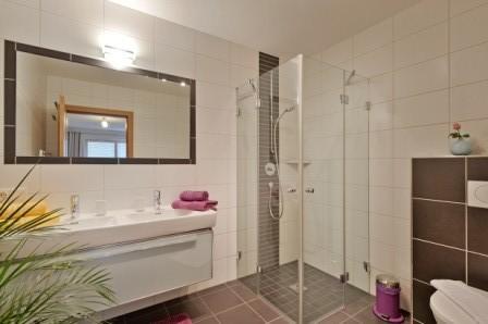 Badezimmer 1 von 2 in unserer Ferienwohnung Horberg - Apart Rauch - Ramsau im Zillertal
