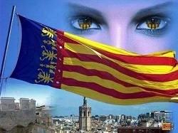 Dibujo de la bandera de la Comunidad Valenciana y bajo la bandera la ciudad de Valencia. Criadores de perros de raza chihuahua en Valencia, Comunida Valenciana, España. Venta de cachorros chihuahua de pelo corto y largo. Criadero de chihuahuas.
