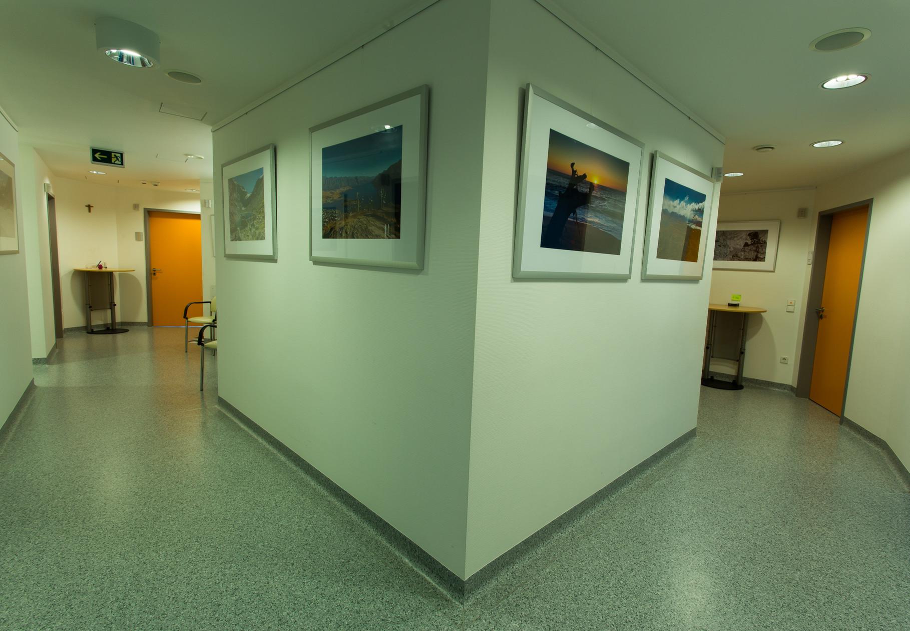 Der Behandlungstrakt, Untersuchungs - und Arztzimmer