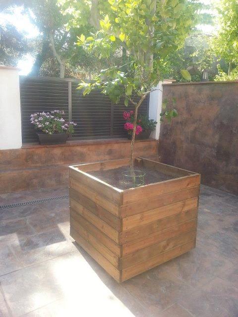 Maceteros grandes para exterior jardineras de madera - Jardineras con palets de madera ...