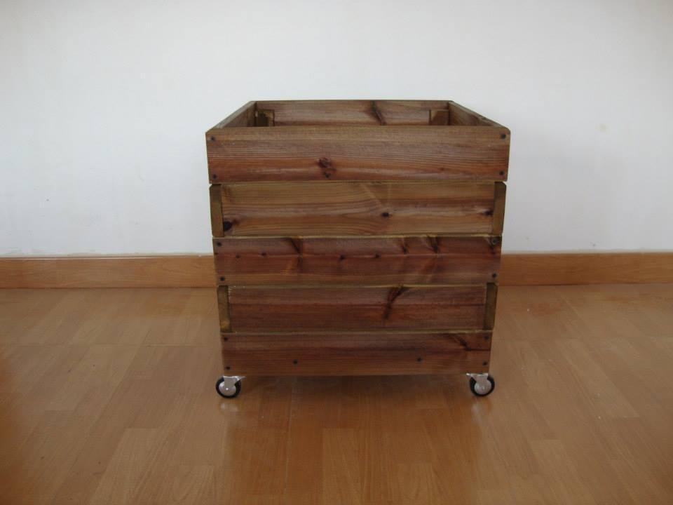 Macetero con ruedas jardineras de madera - Jardineras con ruedas ...