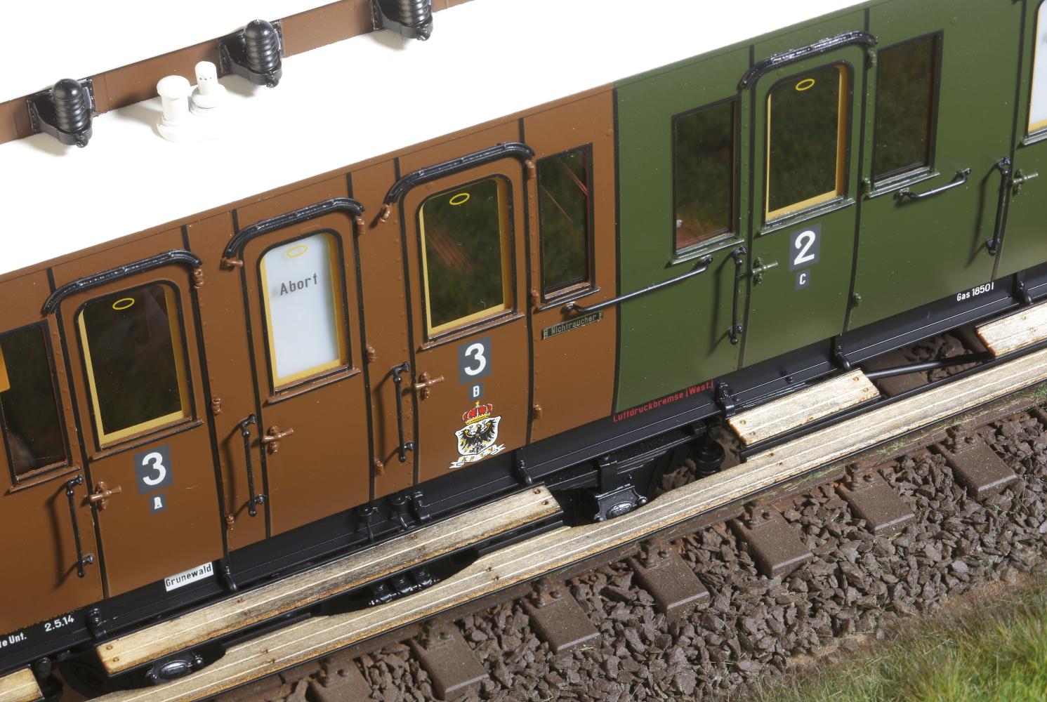 Spur 1 preußischer Abteilwagen  (Handmuster)