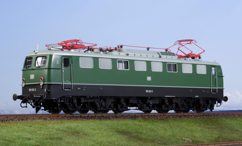 Spur 1 Lokomotive 150 032-2 DB grün Epoche IV mit Einfachlampe