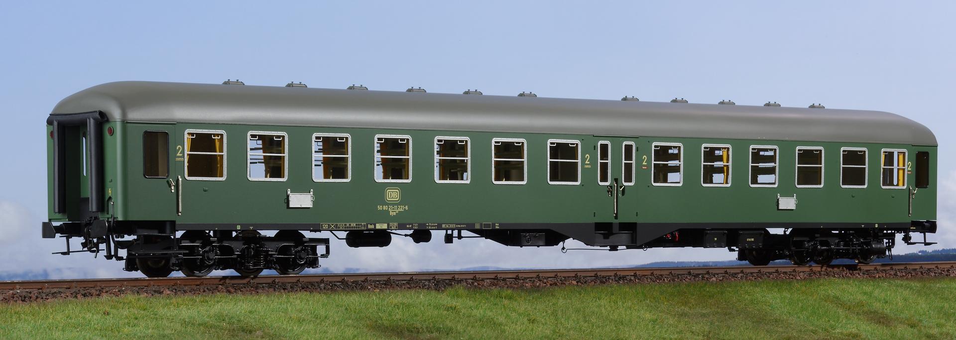 Spur 1 Mitteleinstiegwagen, 2. Klasse