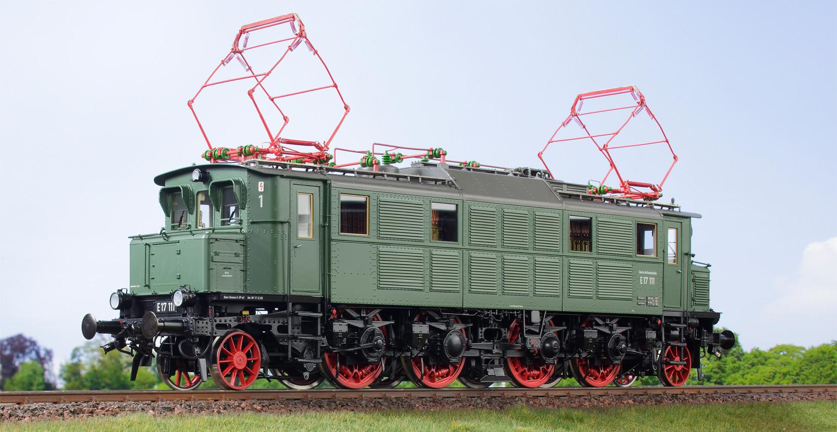 Spur 1 Lokomotive Baureihe E 17 111 Epoche IIIb chromoxydgrün