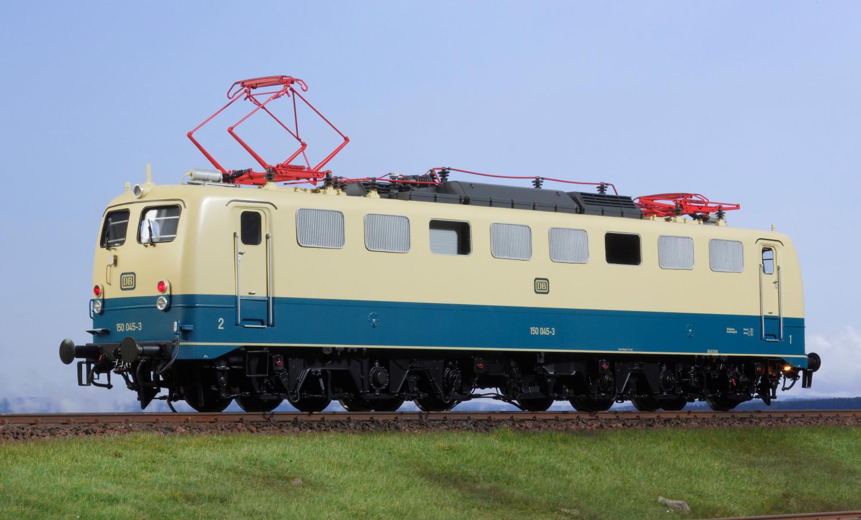 Spur 1 Lokomotive 150 045-3 DB ozeanblau/beige Epoche IV mit Doppellampe