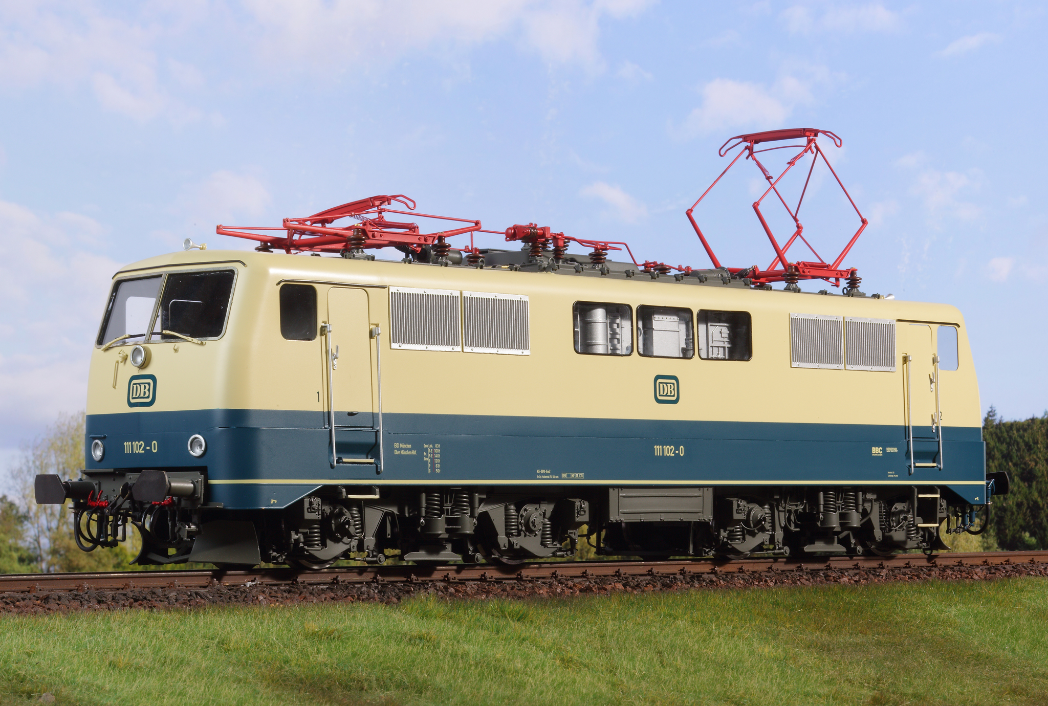 Spur 1 Lokomotive Baureihe 111 (Handmuster) ozeanblau/elfenbein