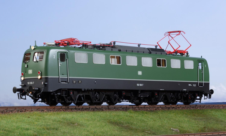Spur 1 Lokomotive 150 109-7 DB grün Epoche IV mit Doppellampe