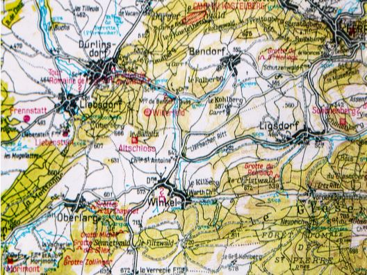 Carte situant l'Altschloss et le village disparu de Willerfeld