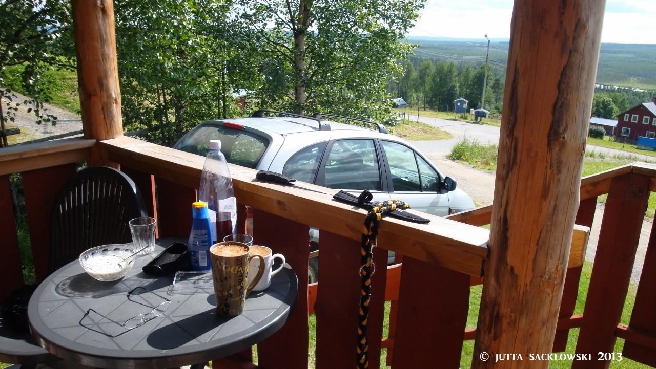 Kaffee und Baubeeren mit Sahne!