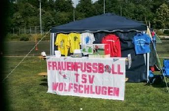 Infostand des Frauenfussballteams beim Workshop des TSV Wolfschlugen