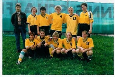 Das Frauenfussballteam als Staffelmeister in der WfV Freizeitliga 2000