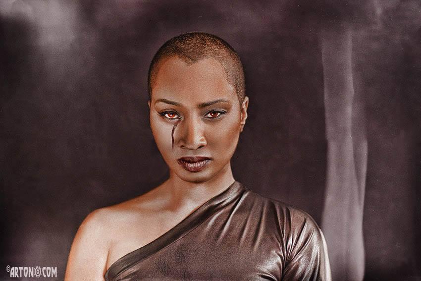 Model: Lindsey  ©Arton.com