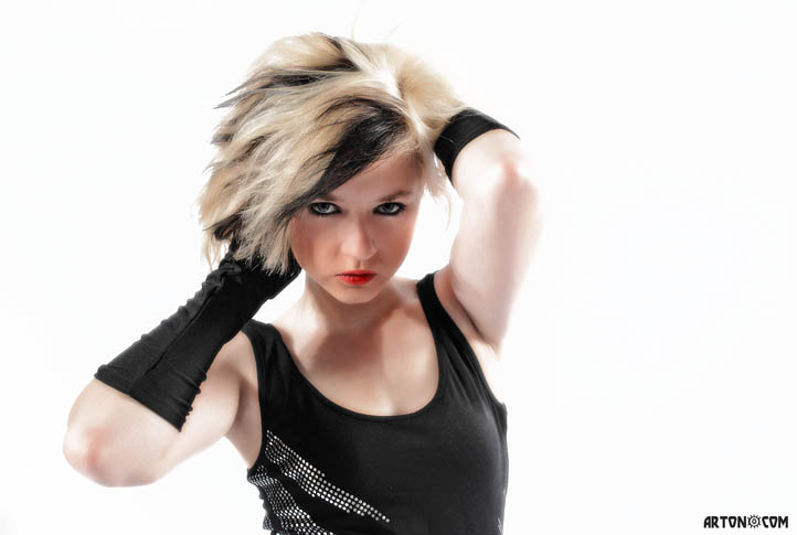 Model: Janine Arton©