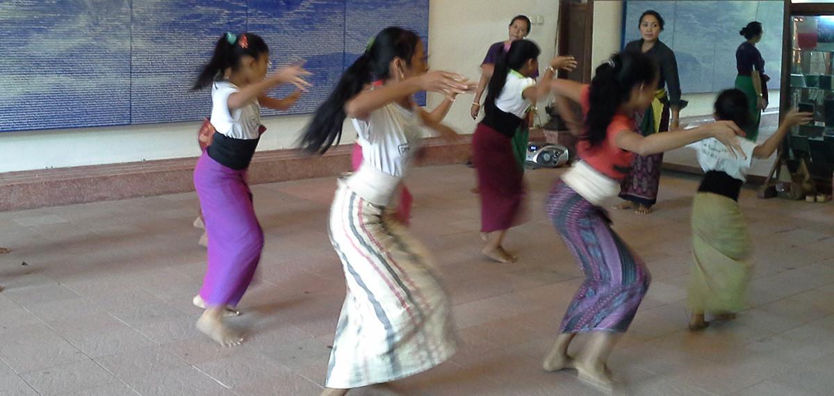 danses traditionnelles balinaises