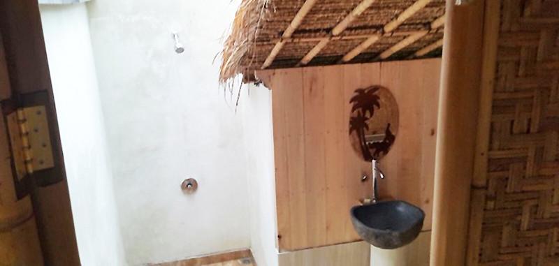 Bersila maison cocon, salle de bain ouverte sur le ciel