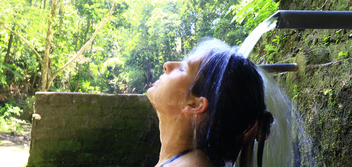 fontaine naturelle à Bali