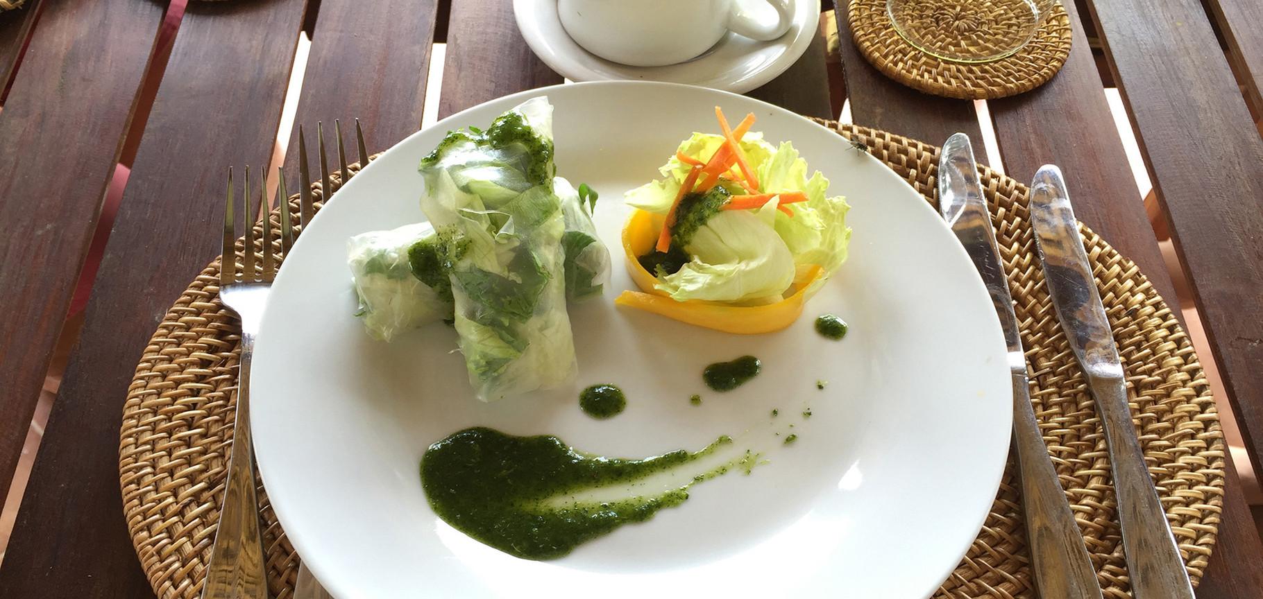 plats traditionnels balinais cuisinés avec nos fruits et légumes bio