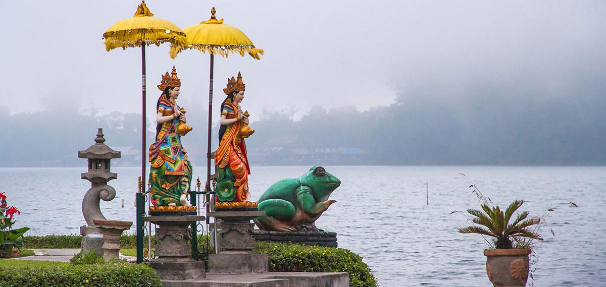 Statues du Temple du lac Bratan