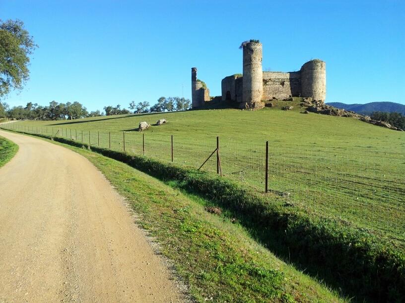 Ritterburg an der Grenze zu Extremadura.