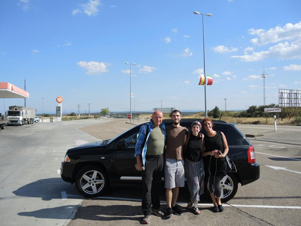 Von Porto fahre nach Salamanca fortschrittlich und sehr angenehm mit BlaBlaCar.  Es ist mein erster Fahrt mit BlaBlaCar  und mit Sicherheit nicht der letzter.☺