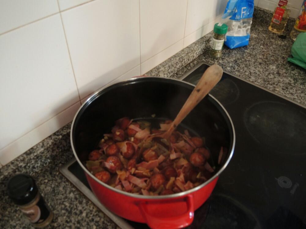 Wir kochen gemeinsam in der Herberge