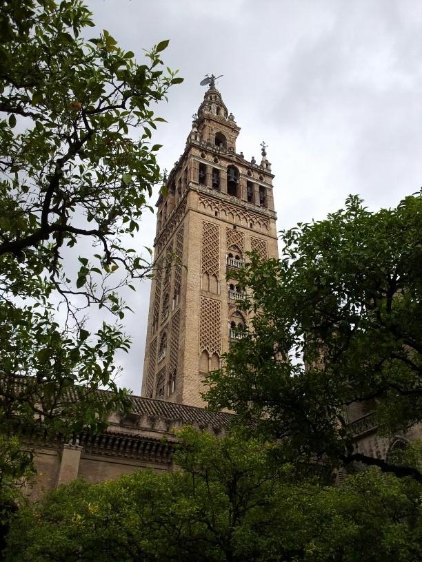 Turm der Kathedrale, Giralda