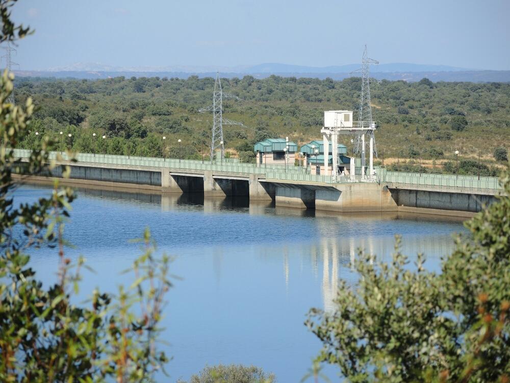 Staudamm  auf dem Rio Tera