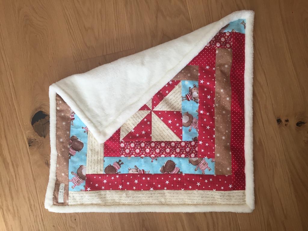 Baumwolle und Kuschelfleece, Masse B 64 x H 64 cm