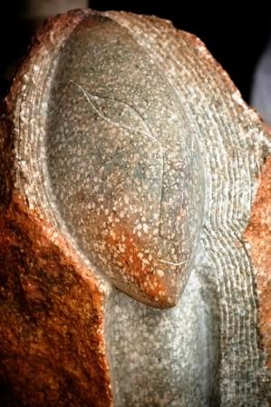 Kopf, Serpentin, 1997, 38 cm hoch.