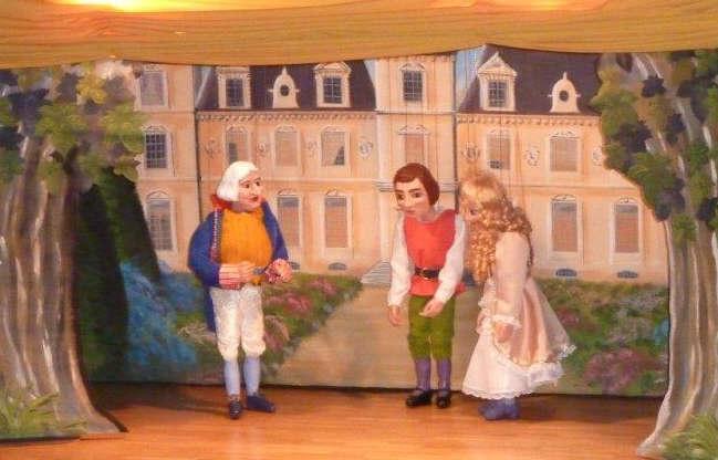 Der Herzog mit Jakob und Mimi © 2014 by Karin Wratny