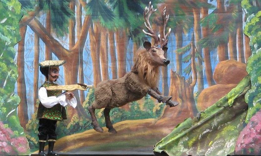 Der Graf schießt nach dem Hirschen. ©  2012 by Susanne Pucher, Mittelalterfest am Taggerhof, Kainbach bei Graz