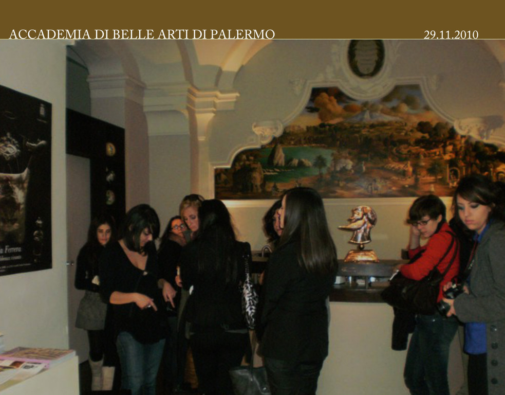 Il Museum & Fashion. Marella Ferrera XVI Museo Biscari, visita guidata dal Prof.Vittorio Ugo Vicari Catania 04.12.2010