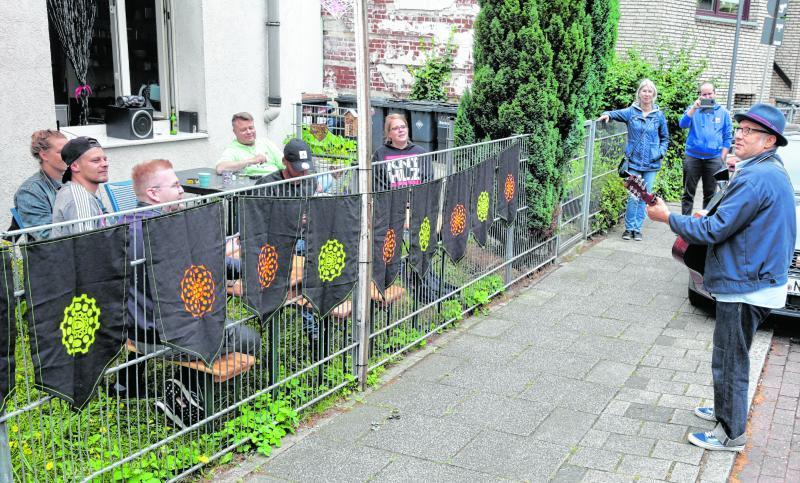 """Micro - Festival @ Europa Zentral - """"Unterhaltung vorm Gartenzaun"""""""