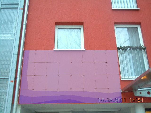 Feuchteverteilung im Bauteil ( Mangelhafte Befestigung des Fallrohres)