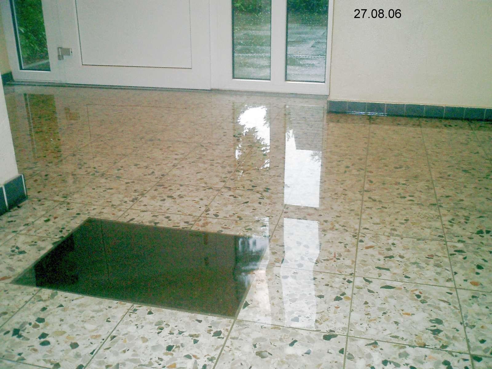 Wassereinbrüche im Wohngebäude (Defekte Drainage)